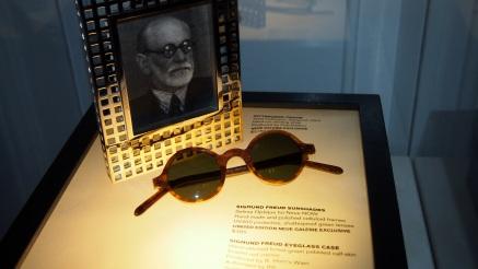 Sigmund Freud sun glasses in Neue Galerie shop