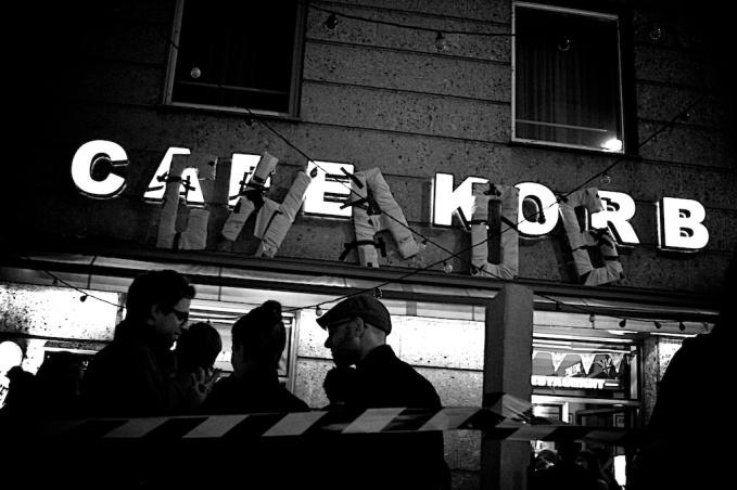 Vivienne Westwood.Cafe Korb 39