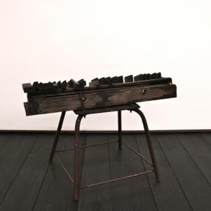 Thomas Gänszler, Piano. 80x30x40 cm. Wood, Aluminium, Lack
