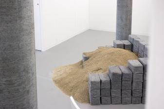 Debora Bolsoni at Jaqueline Martins Gallery (Sao Paolo)