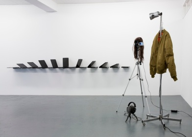 Albert Mayr, Installation view, Galerie Martinetz, Cologne 2015, photocredit: Tamara Lorenz