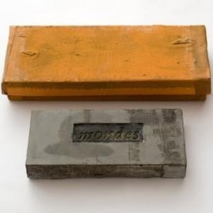 Carlo Guaita, Senza titolo (Calchi, Mondes), Sculpture, 5x29 cm, 2014, Galerie Bernard Bouche, photocredit: courtesy of the galleryCarlo Guaita, Senza titolo (Calchi, Mondes), Sculpture, 5x29 cm, 2014, Galerie Bernard Bouche, photocredit: courtesy of the gallery