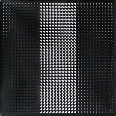 Constantin Roudeshko, The Masach, Installation, 141 x 141 cm, DIEHL, 2014, photocredit: courtesy of the artist