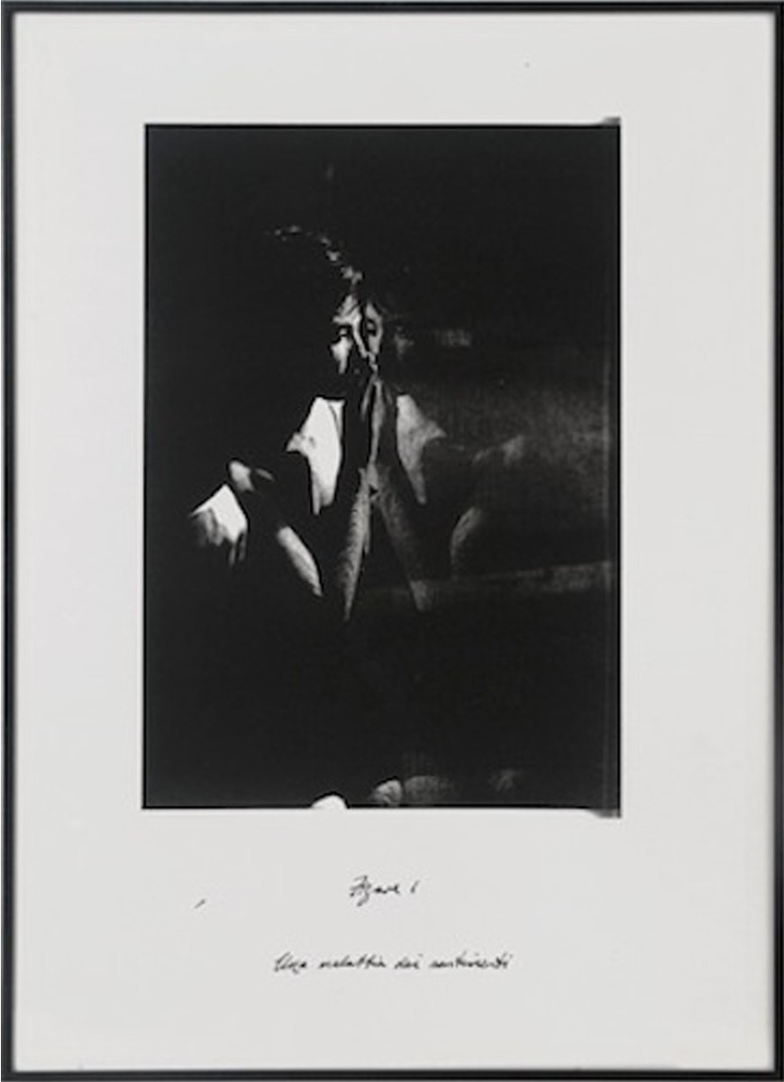 John Murphy, Figure I and Figure II, black and white photograph, 2014, Galerie Bernard Bouche, photocredit: courtesy of the gallery