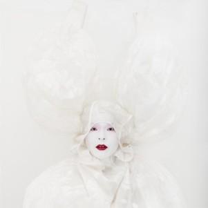Kimiko Yoshida, Painting (Marquise de Pompadour by François Boucher). Self-portrait, Photography, 142 x 142 cm, 2010, Galerie Caroline Smulders, photocredit: courtesy of the artist