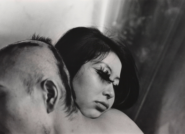 Shomei Tomatsu Blood and Rose, Tokyo, 1969 Gelatin silver print Albertina, Vienna – permanent loan of the Austrian Ludwig Foundation for Art and Science © Shomei Tomatsu Estate, courtesy | PRISKA PASQUER, Cologne