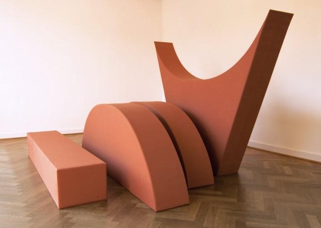 Franz Erhard Walther, Vier Formen ZIEGELTON, 2008, courtesy of KOW
