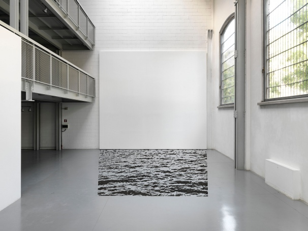 Igor Eškinja, Project Room, 2011, 90 x 120cm, lambda print on dibond, courtesy of Akatraz Galerija