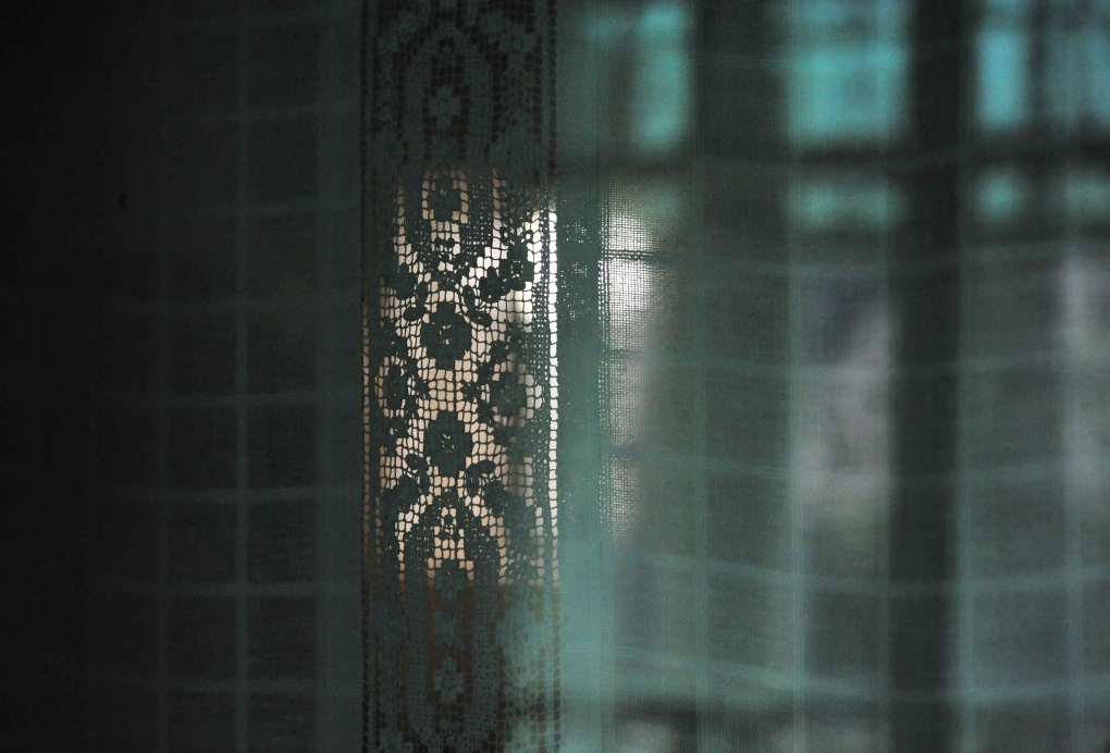 Mircea Stanescu, Light Drapes 2 , 2012 © EASTWARDS PROSPECTUS
