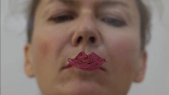 Veronika Veit, sowiedu vers 2.0, 08:00 min, Galerie Caroline Smulders