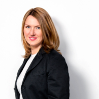Content vs. Medium | Interview with Inna Bazhenova