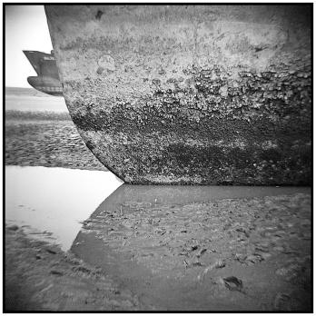Shumon Ahmed, When dead ships travel, 2015, (detail), courtesy of Shumon Ahmed and Project88, Galerie Krinzinger Projekte
