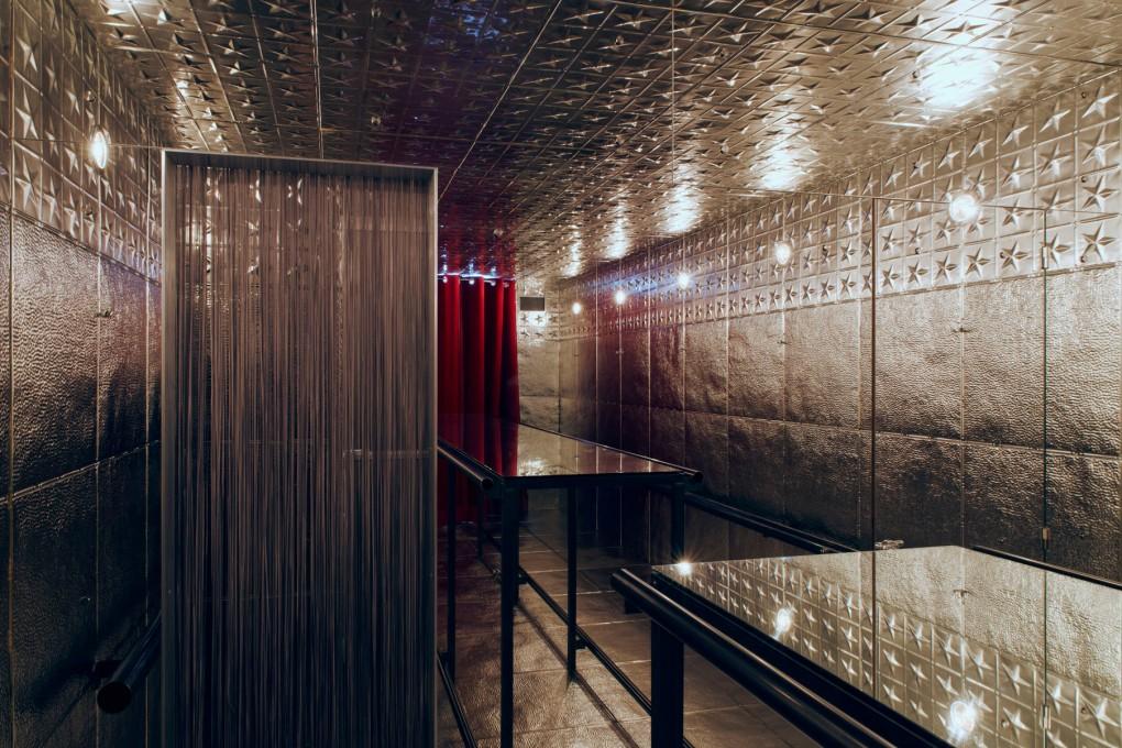 Hans Schabus, Cafe Hansi, 2015, © Hans Schabus / Bildrecht Wien, 2017, Foto: Stefan Lux / Galerie Kerstin Engholm