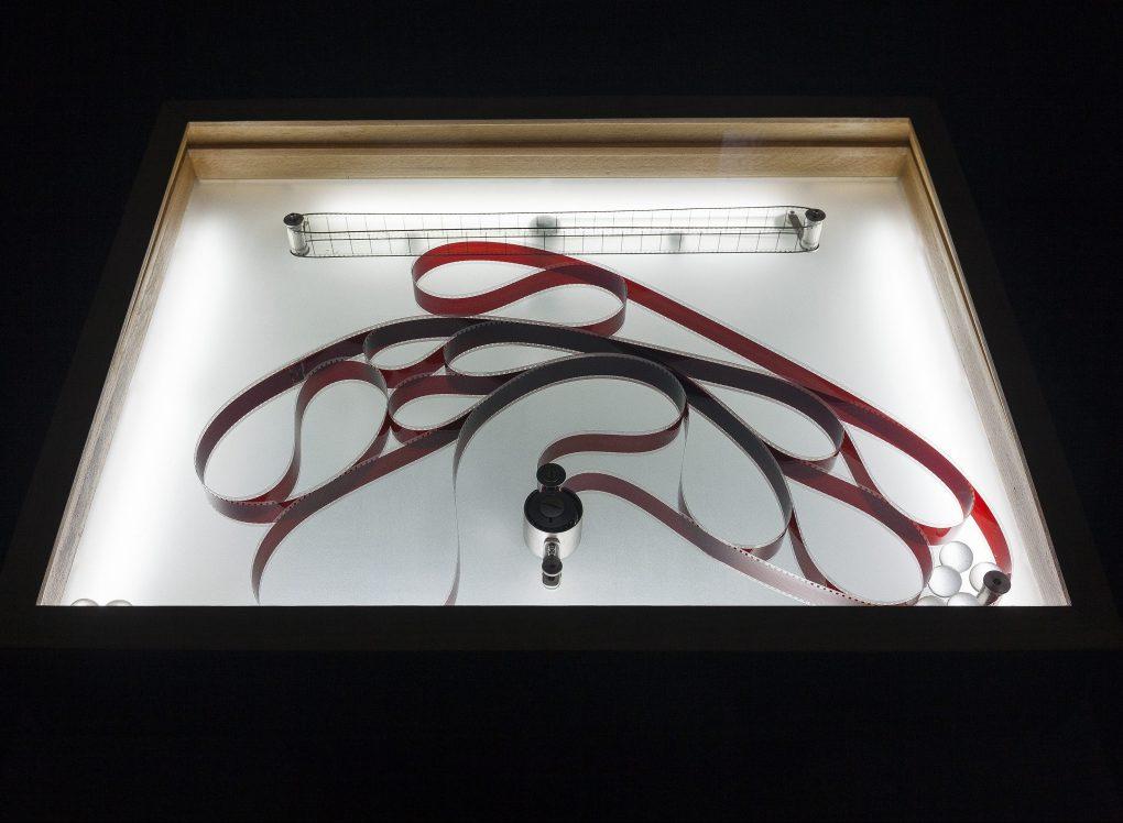Rosa Barba, Spacelength Thought, Ausstellungsansicht, Secession 2017, Foto: Oliver Ottenschläger