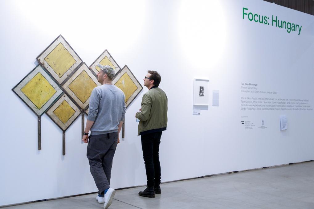 Visitors at Focus: Hungary booth, (c) viennacontemporary / Margarita Ignatyuk