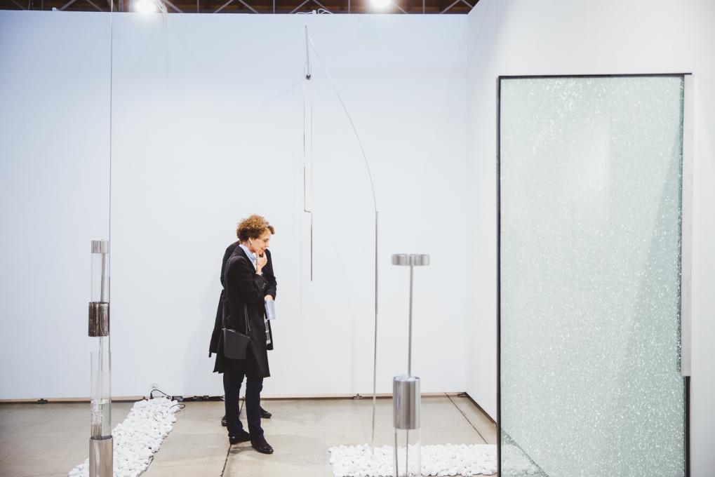Sarah Pichlkostner, Fly ma to the moon, Galerie Hubert Winter (exhibition view), photo (c) viennacontemporary / Alexander Murashkin