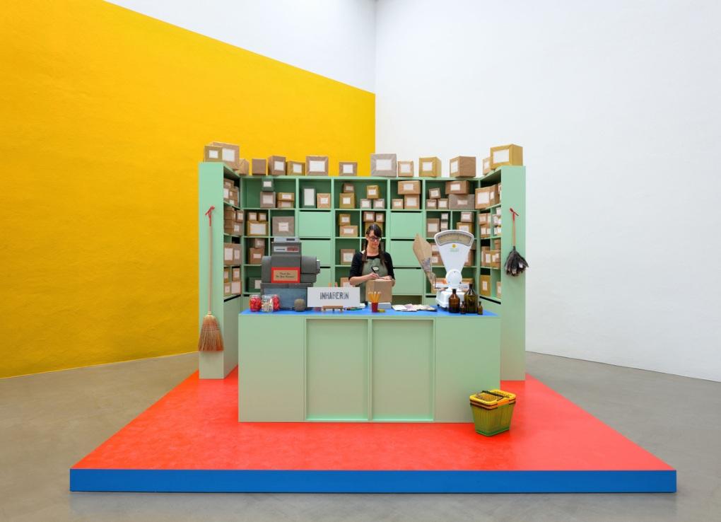 21er Haus / Duett mit Künstlerin Rirkrit Tiravanija, untitled 2015 (MORGEN IST DIE FRAGE), 2015