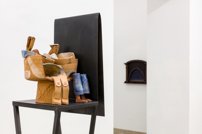 Irina Lotarevich and Anna Schachinger, Pensive State, Exhibition view, Sophie Tappeiner. Photo credits: kunstdokumentationcom