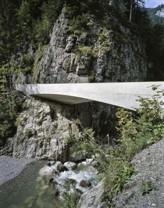 Schanerloch Bridge / Marte.Marte Architects © Marc Lins