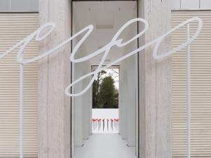 Renate Bertlmann Discordo Ergo Sum, 2019 Installationsansicht: Austrian Pavilion, Biennale Arte 2019 © Renate Bertlmann Foto: Sophie Thun