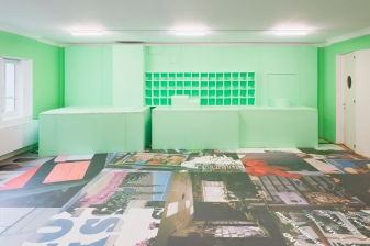 Martine Syms, Boon, 2019, installation view Secession 2019, photo: Peter Mochi, Courtesy the artist and Sadie Coles HQ